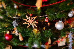 5 Christmas Traditions to Start this Holiday Season – No, It's Not Too Late