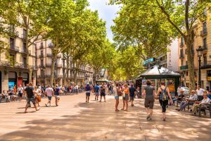 Cheap Flights To Barcelona Spain From London UK GBP27