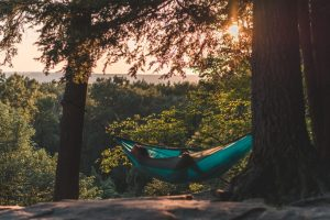 How Hammocks Can Relieve Anxiety and Stress