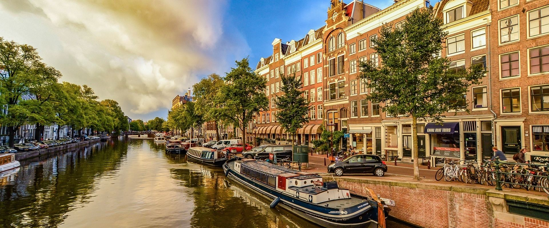 Cheap Flights To Amsterdam Netherlands From Barcelona Spain €69
