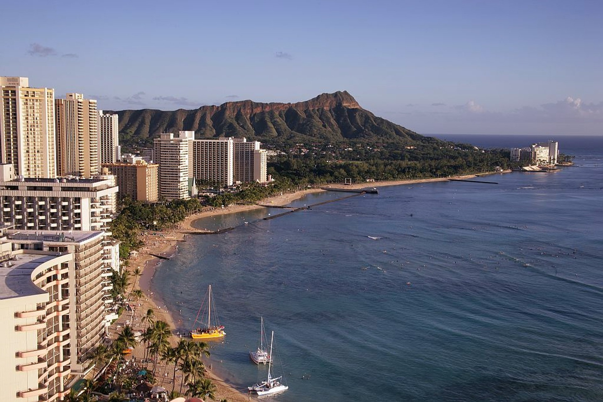 Living in Honolulu: A Guide