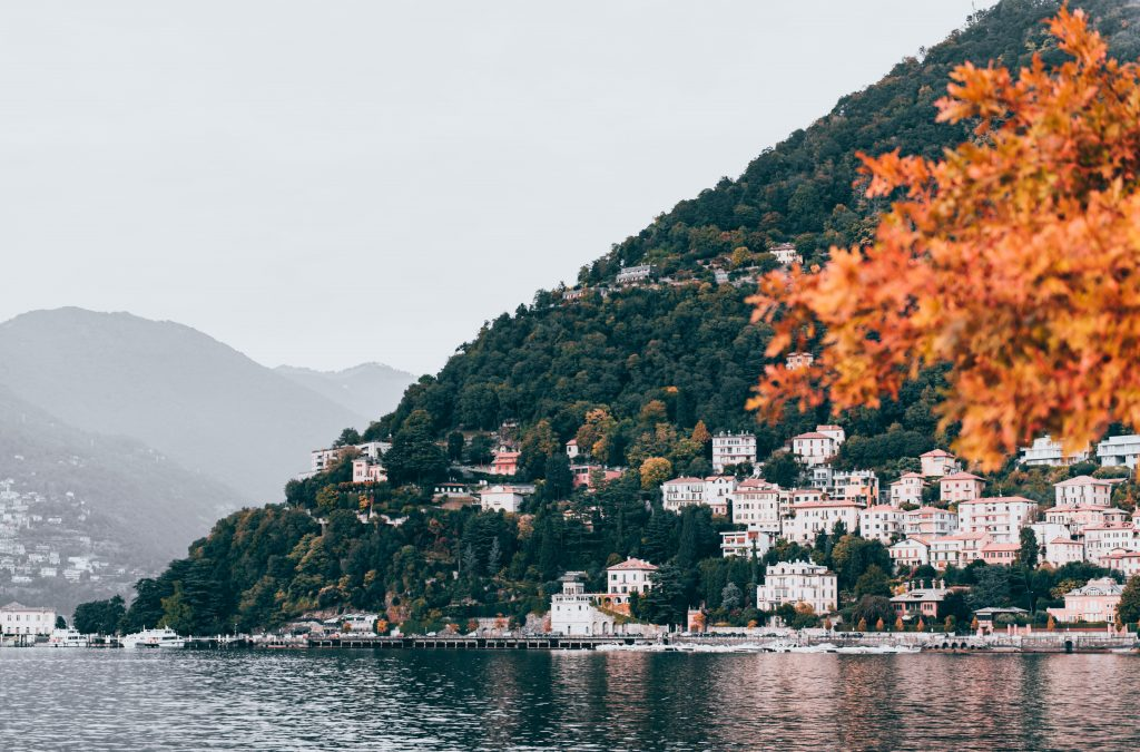 Spending a Romantic Day at the Shores of Lake Como