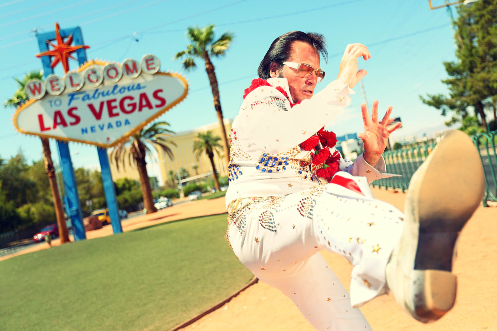 SUMMER: Non-stop from Houston, Texas to Las Vegas (& vice versa) for only $96 roundtrip
