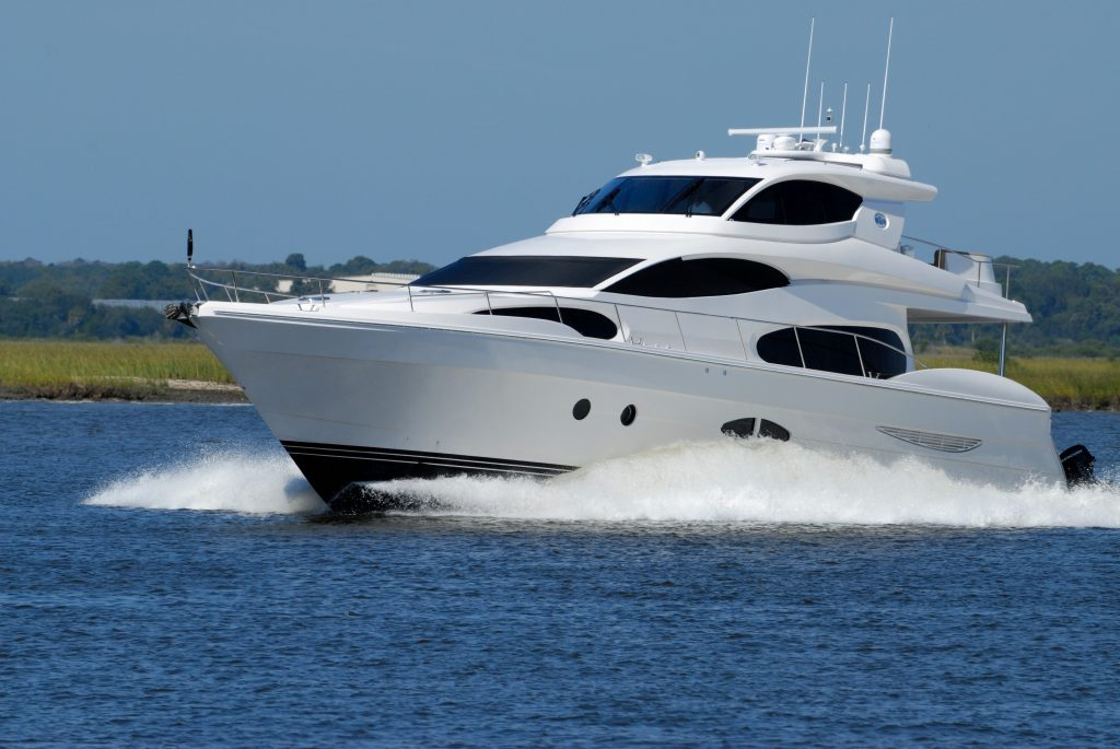 How to prepare properly for a yacht charter?