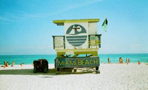 American: Los Angeles – Miami (and vice versa). $57 (Basic Economy) / $127 (Regular Economy). Roundtrip, including all Taxes